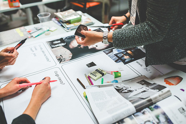 thiết kế đồ họa graphic designer