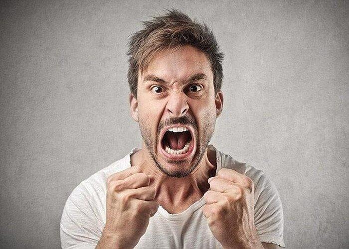 Đừng ra quyết định khi đang tức giận